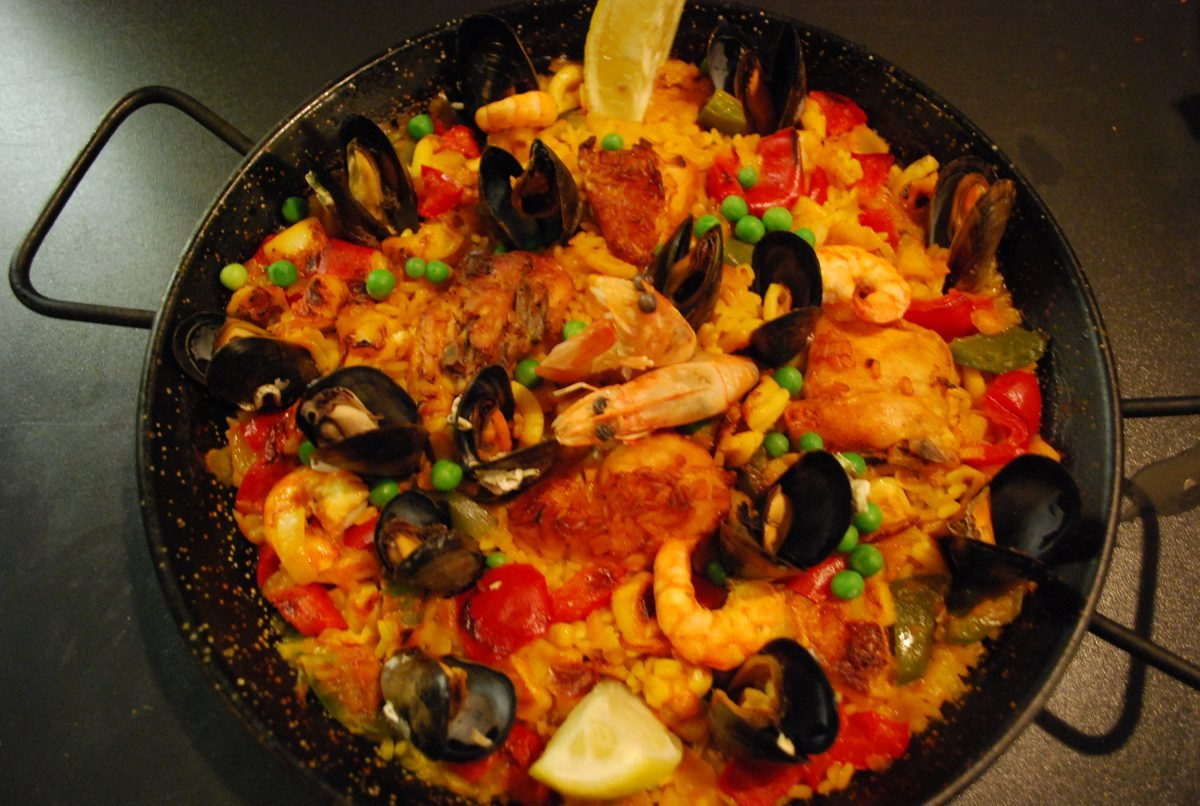 Paella de la Casa (for 2)