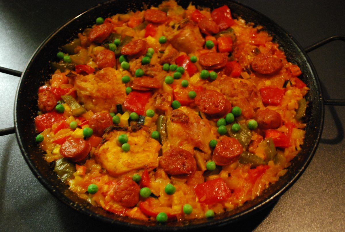 Paella de Carne (for 2)
